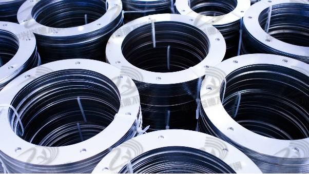316L不锈钢高难度拉伸用什么油可改善工件拉裂严重的问题?
