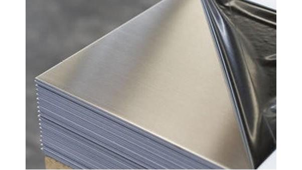 304L不锈钢板在加工过程中出现瑕疵,该怎么解决呢?