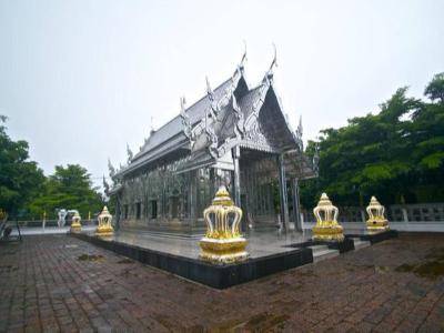 世界上唯一304L不锈钢寺庙,虽不是黄金,却也闪闪发亮!