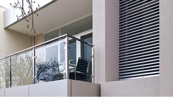 无锡中兴溢德告诉你家里的阳台护栏为什么首选不锈钢