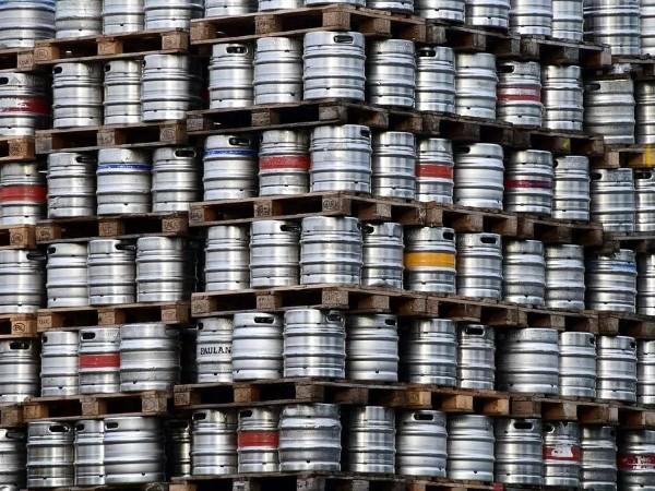 咕噜咕噜滚的304L食品级别不锈钢啤酒桶—无锡不锈钢加工厂中兴溢德