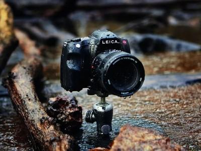 多款徕卡相机都用了不锈钢材料,最后一款可远观而不可亵玩焉