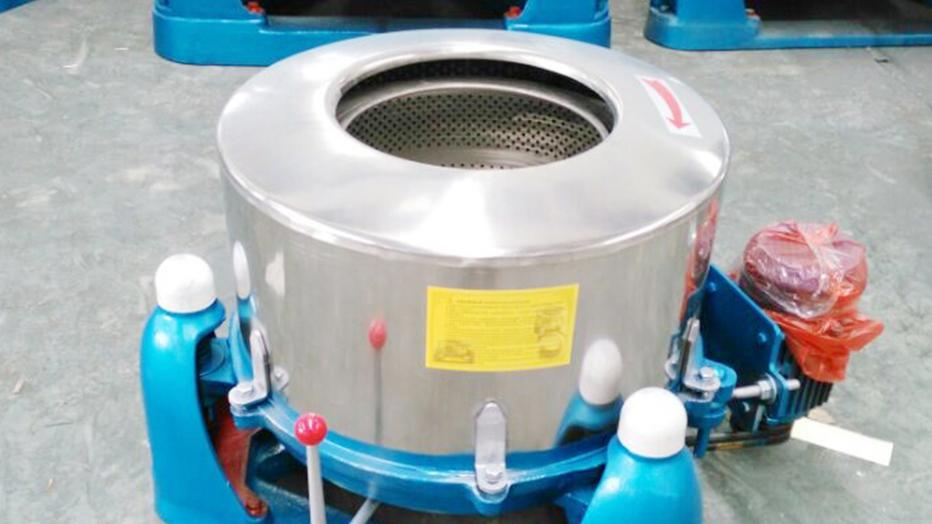 河南离心机公司携手中兴溢德 耐蚀性不锈钢的合作
