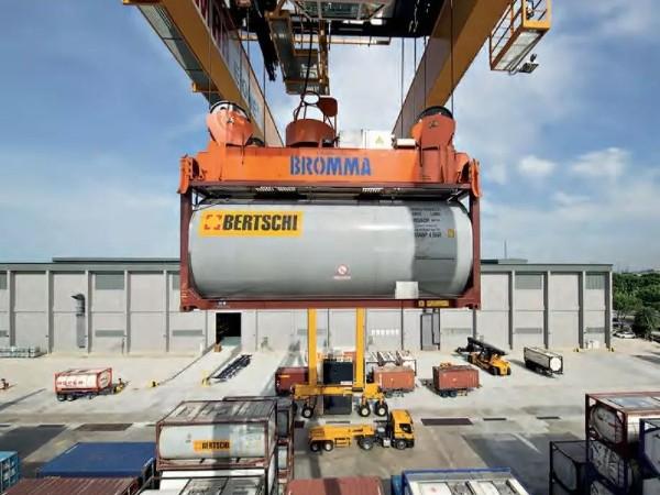 316L低碳不锈钢成功挤走不锈钢兄弟,如愿成为了罐式集装箱的首选材料