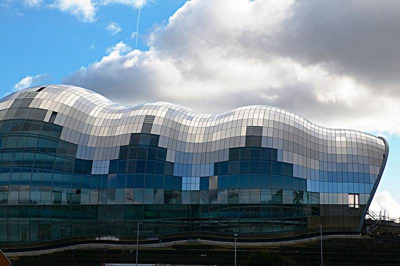 建筑幕墙-加拿大多伦多大学中的健康中心