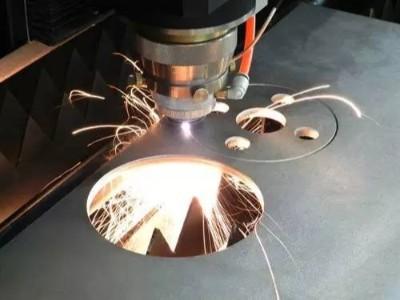 光纤激光切割304L不锈钢工件时要注意哪些问题?
