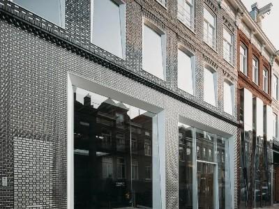 当LV遇上304L不锈钢,竟成了这条街上最靓的建筑物